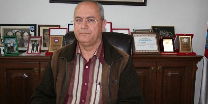 Eski belediye başkanı koronadanhayatını kaybetti