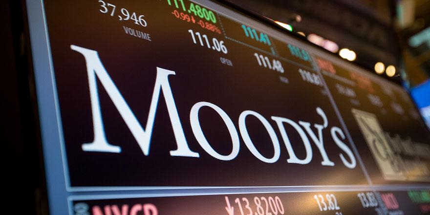 Moody's'ten Türkiye'ye uyarı! 'Sert devalüasyon'