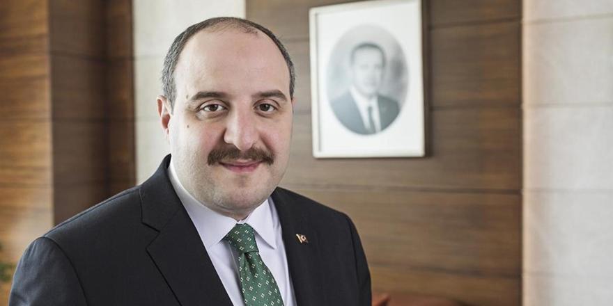 Bakan Varank'tan kritik aşı açıklaması