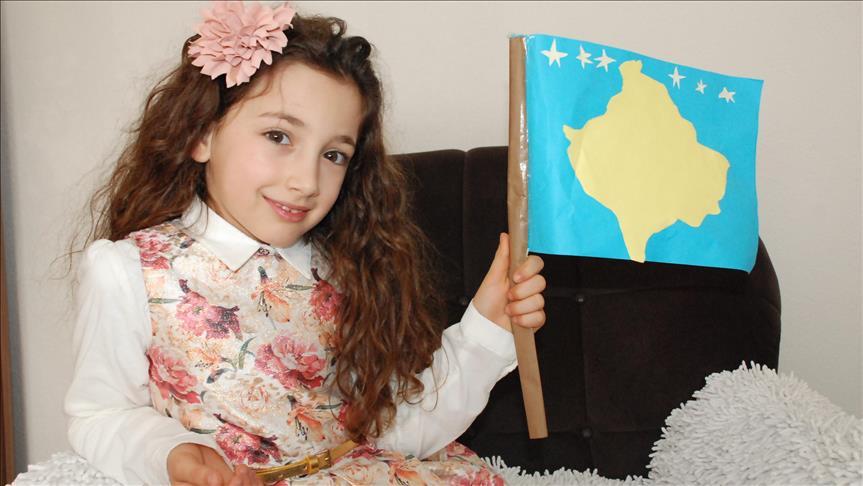 """""""Bağımsız"""" Kosova 9 yaşında"""