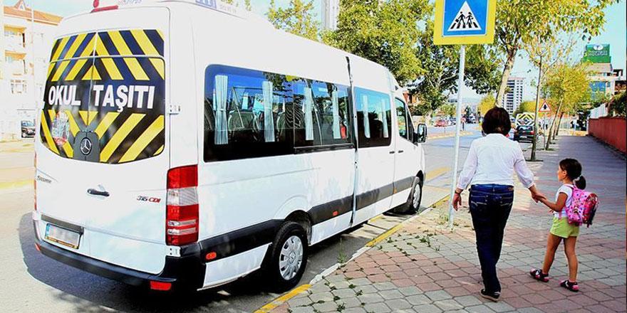 Servisçiler zammı beğenmedi İstanbul'da okul servisi sorunu büyüyor!