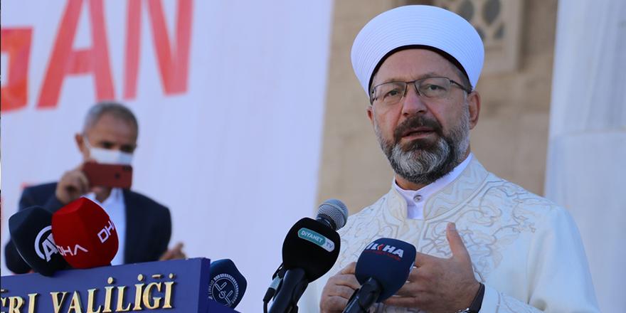 Diyanet İşleri Başkanı Ali Erbaş: Ahirete inancı olmayan insandan her türlü kötülük beklenir