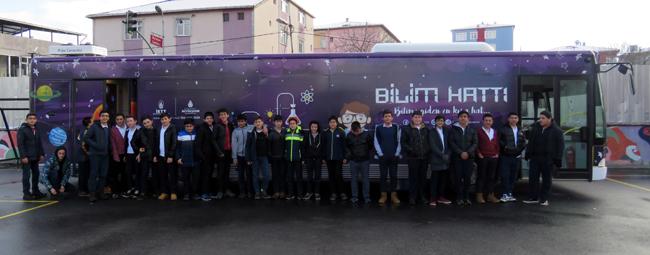 Büyükşehir'in Bilim Otobüsü yollarda