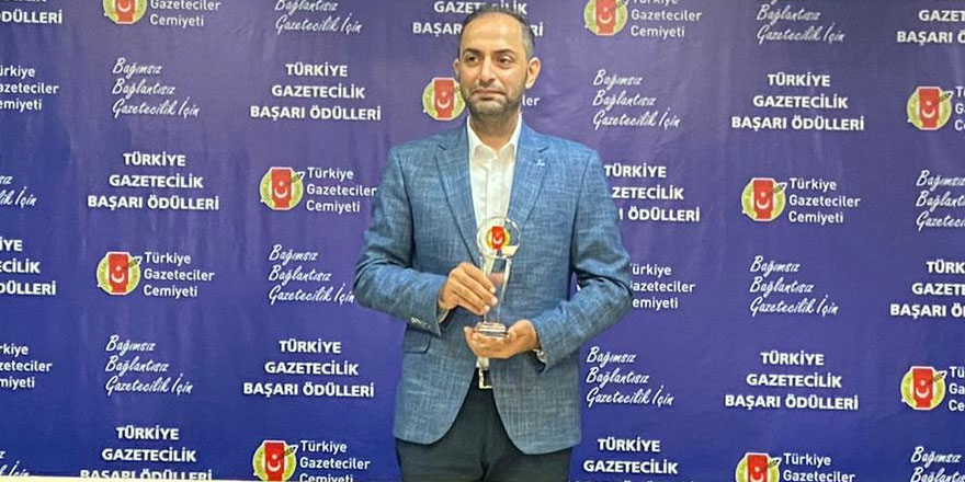 Murat Ağırel'e Türkiye Gazeteciler Cemiyeti'nden ödül