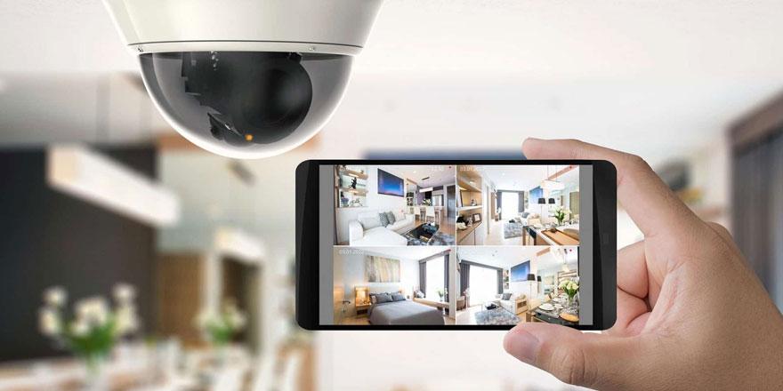 Singapur'da 50 bin evin güvenlik kamerası hacklendi!