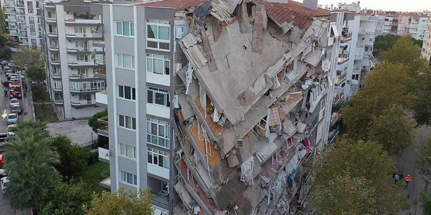 Candaş Tolga Işık: İzmir depreminde yıkılan binalar için adli süreç başlatıldı