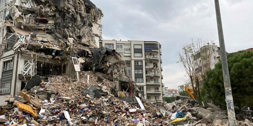İzmir'de depremin ardından şimdi de moloz çıkmazı