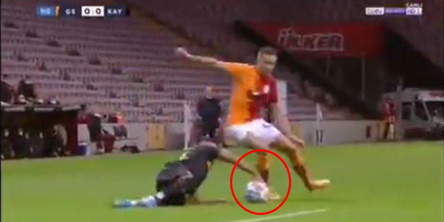 Galatasaray'a karşı topa elle müdahale ettiği için oyundan atılan Muğdat Çelik'ten bomba yorum!