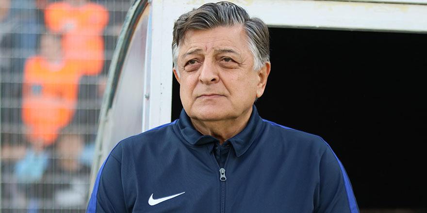 Erzurumspor'un yeni teknik direktörü Yılmaz Vural oldu
