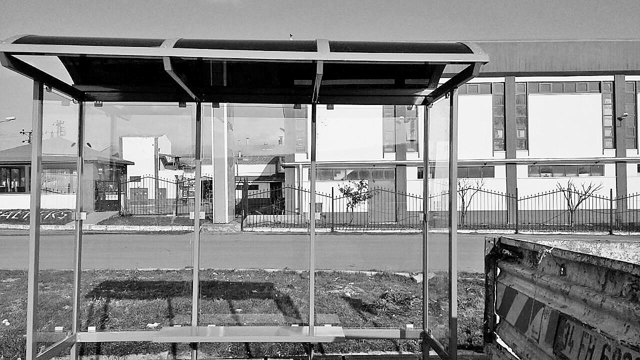 Çatalca'da otobüs  durakları yenileniyor