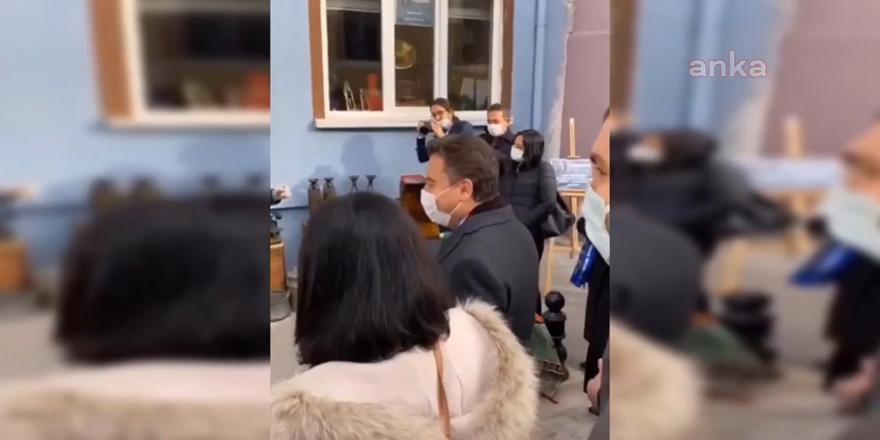 DEVA Partisi Genel Başkanı Ali Babacan'ı gören esnaf oynamaya başladı: Çıldırdık artık