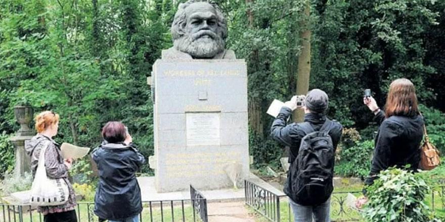 Kapitalizme karşı çıkan Karl Marx'ın mezarı turizme açılıyor
