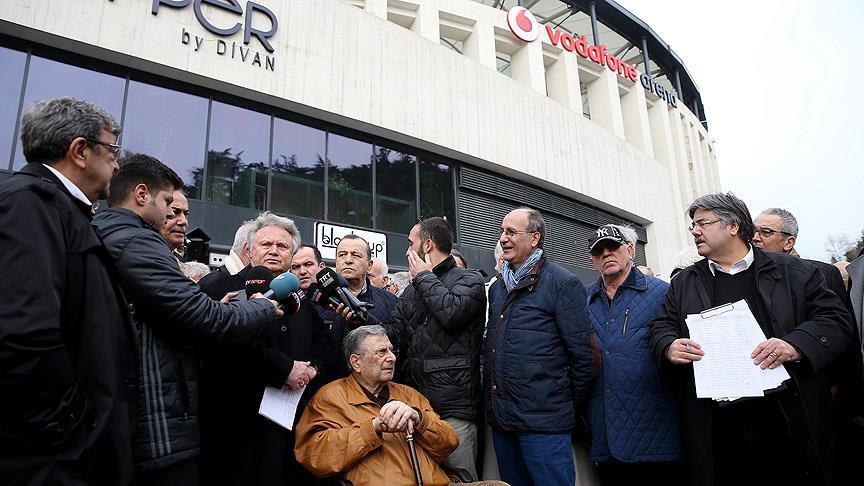 Beşiktaş'ta divan krizi devam ediyor
