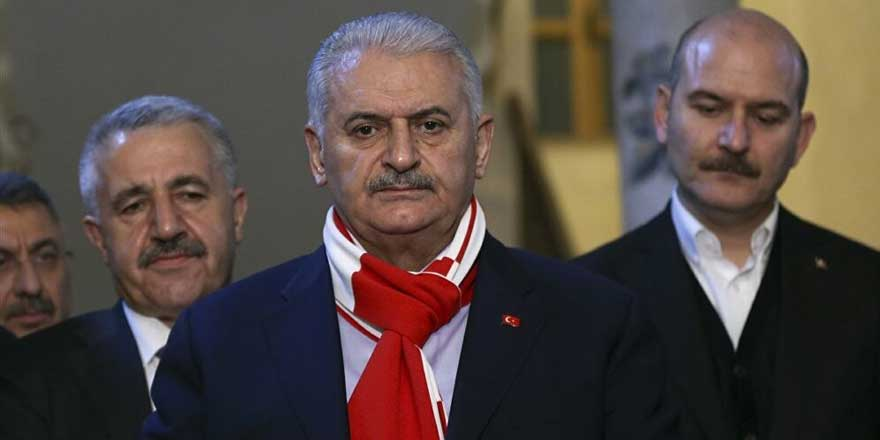 Korkusuz yazarı Ahmet Takan, Erdoğan'ın görevi bırakabileceğini yazdı! AKP Genel Başkanlığı için kimlerin ismi geçiyor