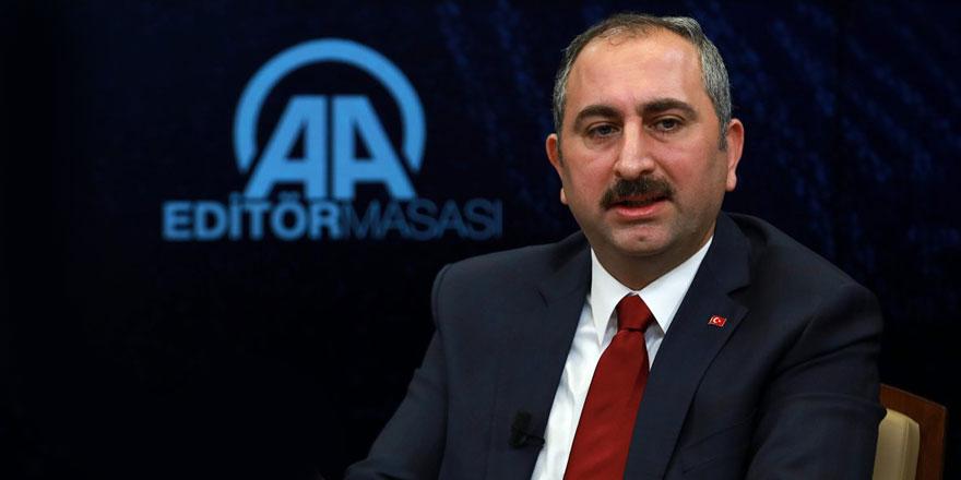 """Abdulhamit Gül'den 7 Şubat """"MİT Kumpası"""" mesajı"""