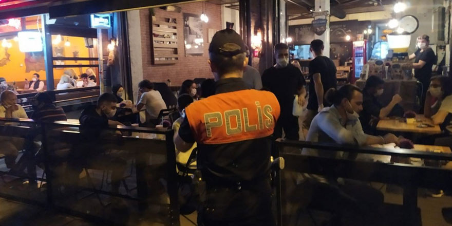 İstanbul'da kahvehane, berber ve düğün salonları için yeni karar