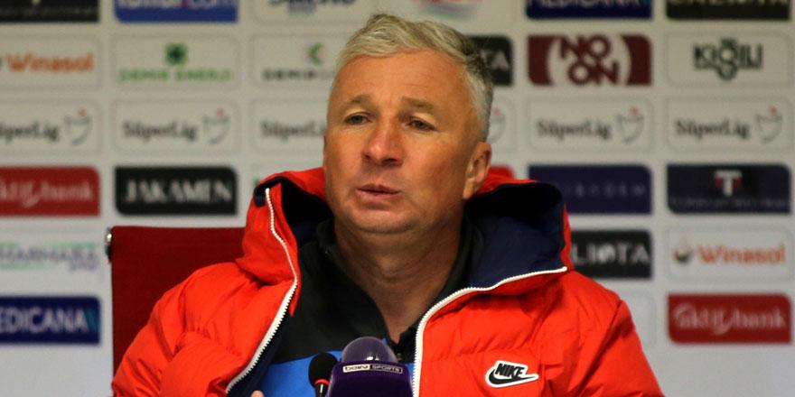 Kayserispor'da teknik direktör Dan Petrescu ile yollar ayrıldı!