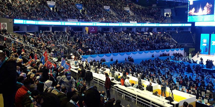 Hatay'da AKP'nin 'lebaleb' kongresi bitti, yasaklar başladı