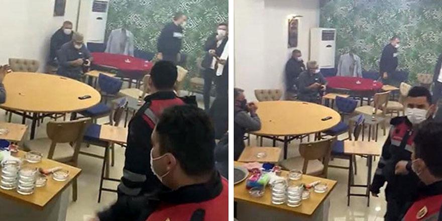 İzmir'de kumar oynayan 13 kişiye 62 bin 465 lira para cezası