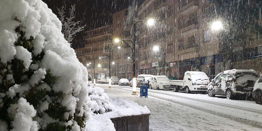 Meteoroloji'den kar uyarısı geldi! Bu bölgelerde yaşayanlar dikkat