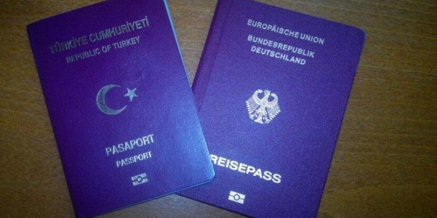 Türk vatandaşlarının Alman pasaportuna el konuldu