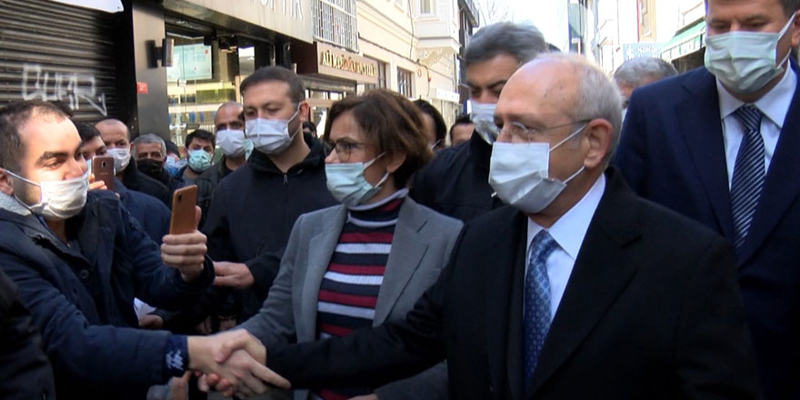 CHP lideri Kemal Kılıçdaroğlu'ndan Kadıköy'de esnaf ziyareti
