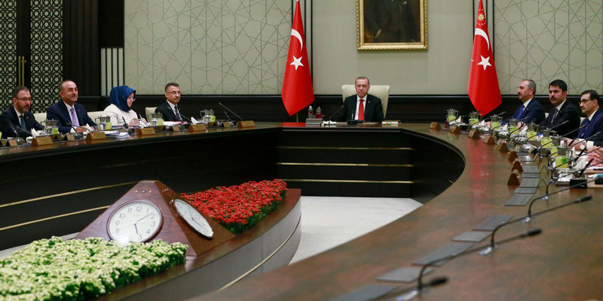 AKP'de yer yerinden oynayacak! Kabinede büyük değişiklik