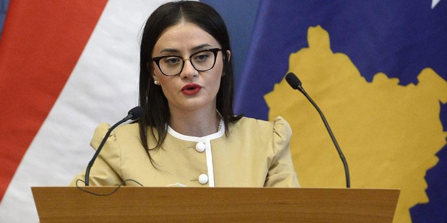 Kosova Dışişleri Bakanı Stublla koltuğundan oldu