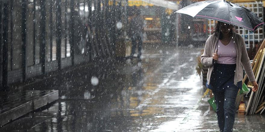 Meteoroloji o bögeler için uyardı: Gök gürültülü sağanak yağışa dikkat