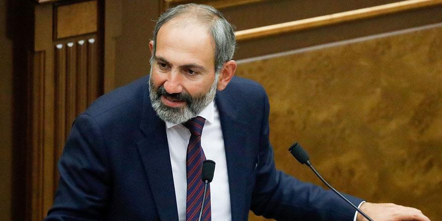 Ermenistan Başbakanı Nikol Paşinyan Genelkurmay Başkanı Onik Gasparyan'ı görevden aldı