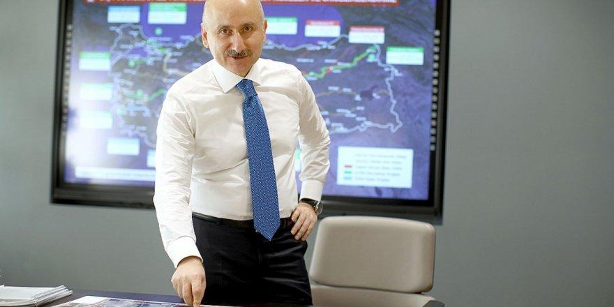 """""""Avrasya Tüneli'nde geçiş ücretleri neden bu kadar pahalı?"""" sorusuna Ulaştırma Bakanı'ndan Adil Karaismailoğlu ilginç yanıt!"""