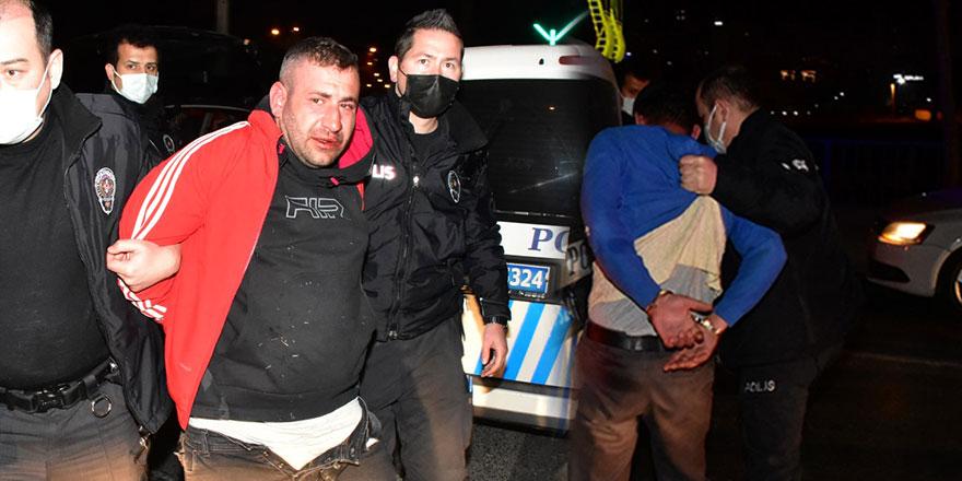 İzmir'de sürücü O.Ü. dur ihtarına uymadı! Kovalamaca sonucu yakalandı