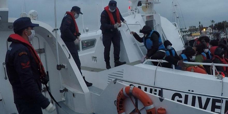 Muğla'da 34 göçmen boğulmaktan son anda kurtarıldı!