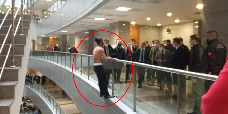 İstanbul Adalet Sarayı'nda intihar girişimi!