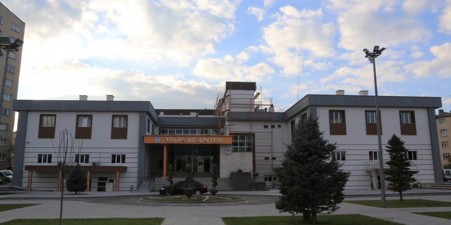 Okullarda ve camilerde tamir ve tadilat işleri yaptırılacaktır