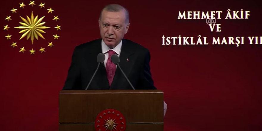Cumhurbaşkanı Erdoğan: Biz mayası şiirle yoğrulmuş bir milletiz