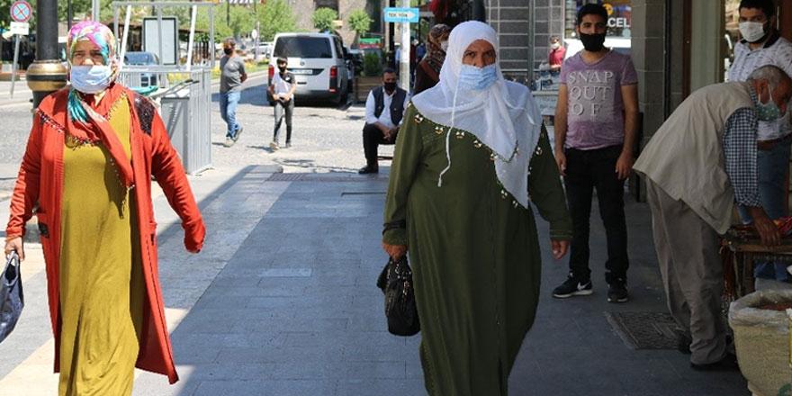 """CHP'li Ünsal'dan bomba iddia! Güneydoğu illerinin neden """"mavi"""" olduğunu açıkladı"""