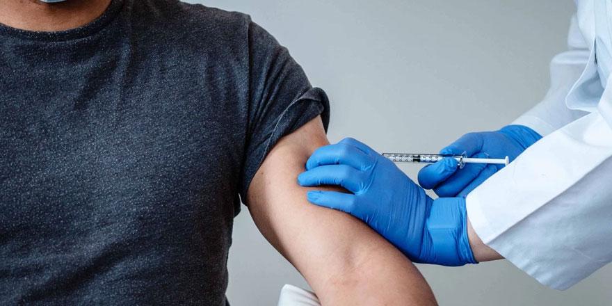 Dr. Ergün Demir ve Dr. Güray Kılıç'dan aşı açıklaması