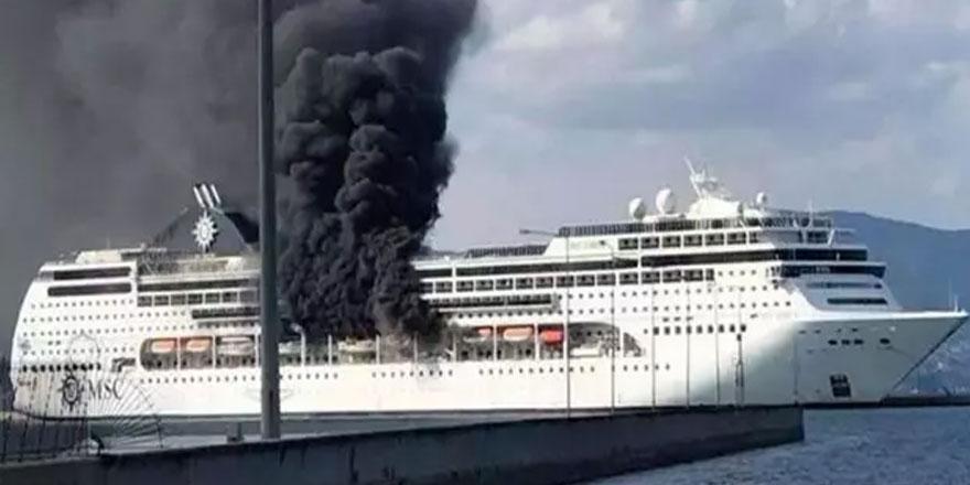 Yunanistan'da lüks kruz gemisinde yangın çıktı