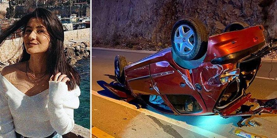 Antalya'da korkunç kaza! Genç kadın araçtan fırladı