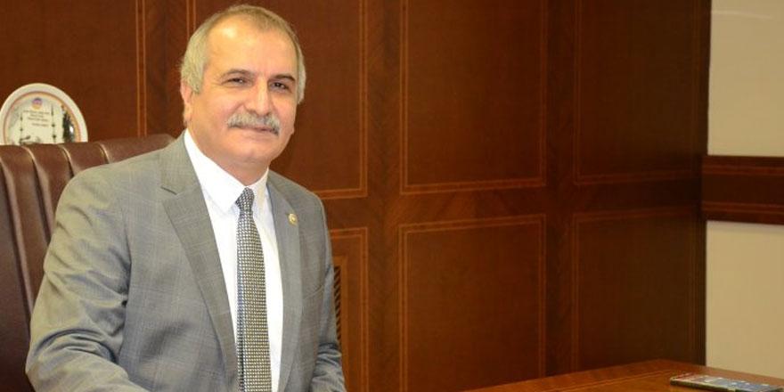 İYİ Partili Ahmet Çelik'ten Andımızın kaldırılmasına tepki