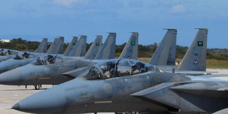 Suudi Arabistan kuvvetleri ortak tatbikat için Girit Adası'na ulaştı
