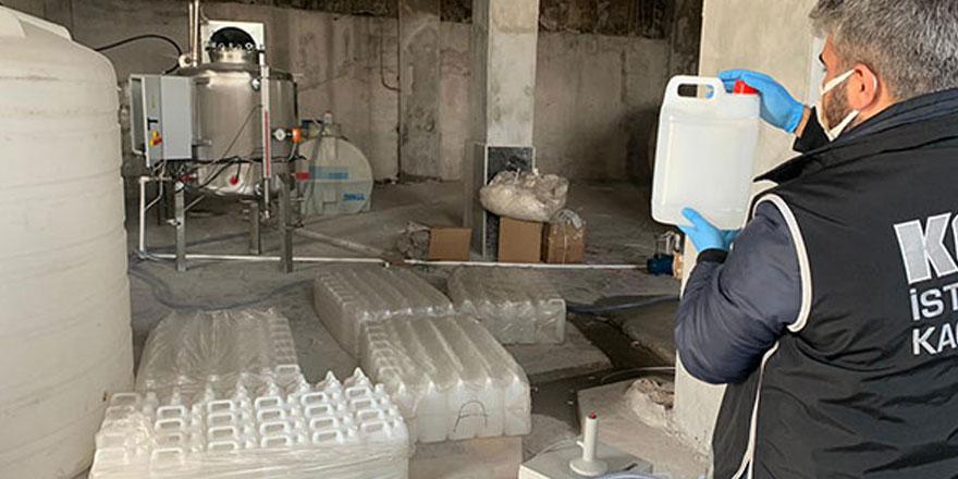İstanbul'da 5 ton etil alkol ele geçirildi
