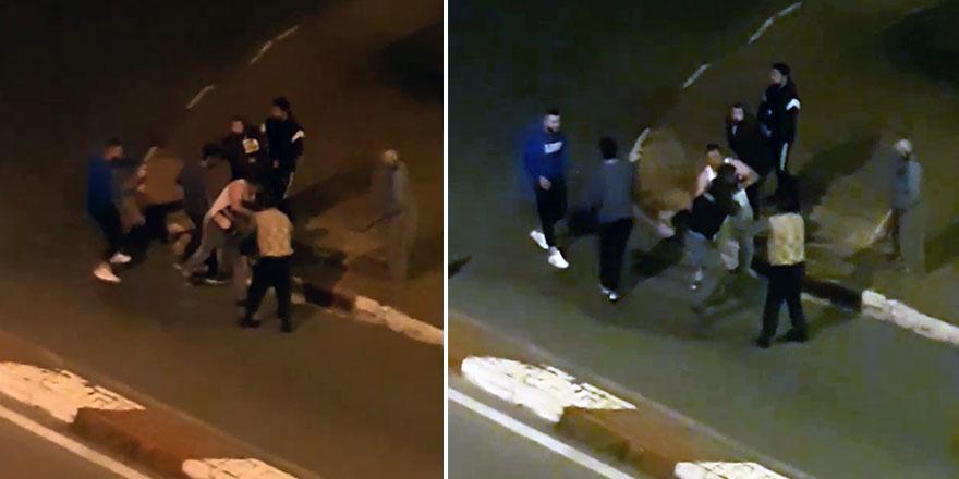 Antalya'da 5 kişi bir kişiyi sokak ortasında darp etti!