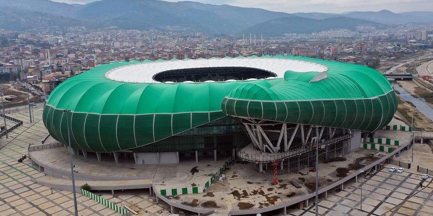 Bursaspor'un stadında elektrikler, ödenmeyen borçlar nedeniyle kesildi