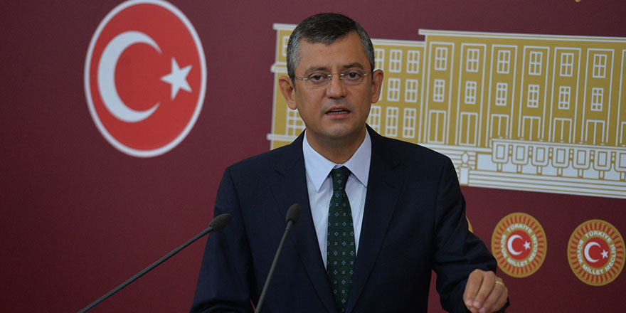 CHP'li Özgür Özel'den Bakan Fahrettin Koca'ya sert çıkış!