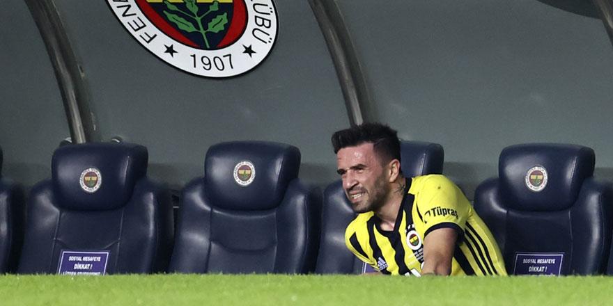 Fenerbahçe'den Gökhan Gönül açıklaması! Beşiktaş derbisinde oynayacak mı