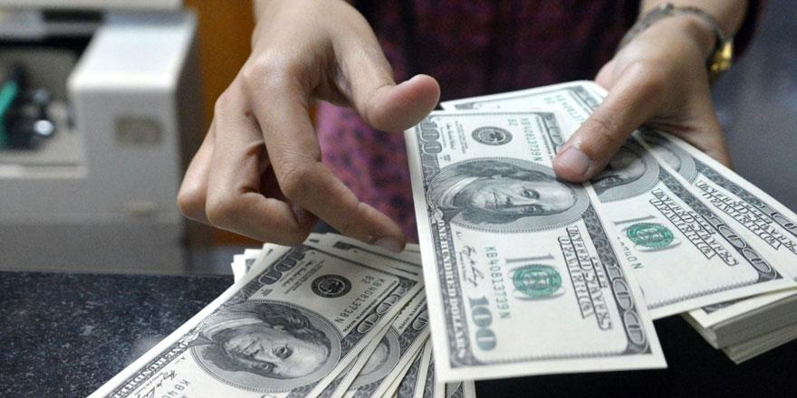 Ünlü ekonomist dolar için tarih verdi!