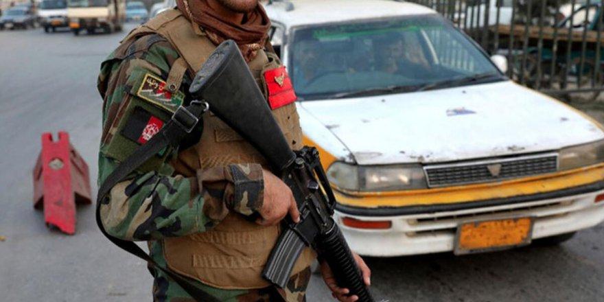 Afganistan'da silahlı saldırı! 3 ölü