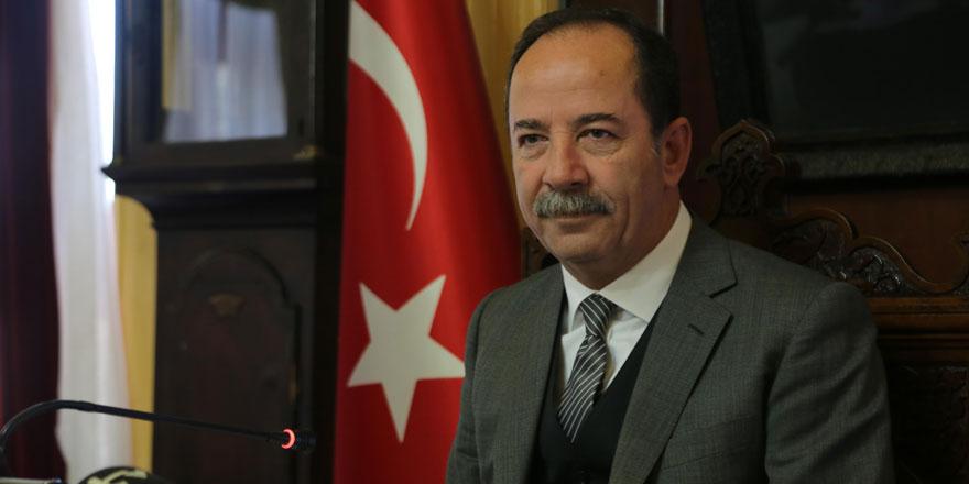 Edirne Belediye Başkanı Recep Gürkan: Darbenin şerefine kadeh kaldıran şerefsizdir